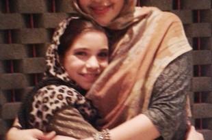 Ayu Azhari dan anaknya Isabelle Tramp. Foto: Ibra