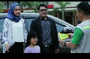 Gion Prabowo dan isteri tampil diklan Baznas. Foto: ist.