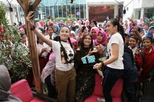 Jumpa fans dan Nobar film Ayu Anak Titipan Surga, Kamis (15/12/2016) di One Bel Park, Fatmawati Jakarta Selatan. Foto: Ki2.