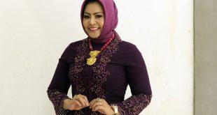 Anna Mariana Pejuang dan Pelopor Designer Tenun dan Songket. Foto: Dudut Suhendra Putra.