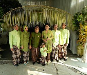 Giwo dan keluarga. Foto: Ibra