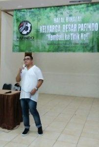 Ketum Pafindo, Gion Prabowo berikan kata sambutan di acara Halal Bihalal dan Pembekalan artis muda Pafindo, Jumat (28/7/2017) malam di Ciawi, Bogor. Foto: Ibra.