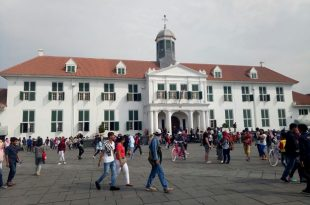 Suasana objek wisata Kota Tua. Foto: Snm.