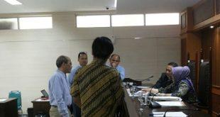 Saksi ahli Faisal basri di sidang kasus ari mineral di Ruang Sidang I Kantor Komisi Pengawas Persaingan Usaha (KPPU) pada Selasa (24/10) lalu. Foto: Ist.