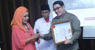 Gion Prabowo Dapat Gelar Pangeran dan Doktor Honoris Causa