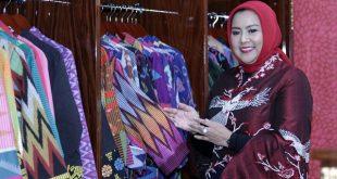 Tampilkan Tenun dan Songket Khas Bali dan Betawi (BABE) di DC Fashion Week 2018, Desainer Anna Mariana Menuai Banyak Pujian