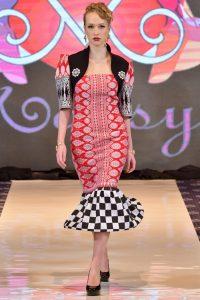 Salah satu busana rancangan desainger Annna mariana yang dipamerkan di DC Fashion Week 2018. Foto: Koleksi pribadi.