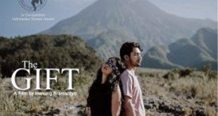 Film The Gift, Kemana Cinta Tiana Berlabuh?