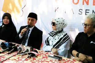 Usat Yusuf Mansur saat memberikan keterangan pers di launching aplikasi produk PayTren e-money, Jumat (1/6/2018) siang, di pesantren Daarul Quran, Ketapang Tangerang, Foto: Ibra.