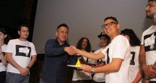 Syukuran film Rembulan Tenggelam di Wajahmu. Foto: Ki2