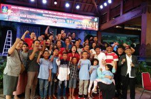 Perkumpulan Kesenian Ludruk lrama Budaya Sinar Nusantara, Surabaya, siap tampil di jakarta. Foto: Ibra.