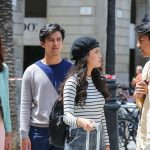 Mikha Tambayong - Morgan Oey - Anggika Bolsterli - Deva Mahenra dalam adegan film Belok Kanan barcelona. Foto: ist.