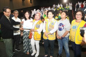 Lions Club ajak pelajar nobar film Impian 1000 Pulau . Foto: Can.
