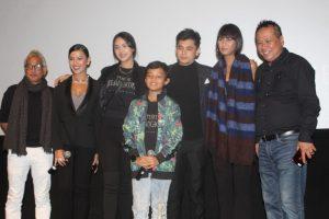 Mereka yang terlibat di film Tusuk Jelangkung di Lubang Buaya. Foto: Yil