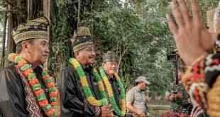 Menpar Arief Yahya (tengah). Foto: Ist.