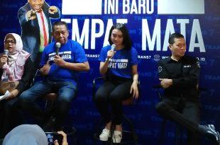 Tukul Arwana memberikan keterangan pada awak media Senin (19/8/2019) di Jakarta, tentang kembali kemunculannya sebagai host di Ini Baru Empat Mata Trans 7. Foto: Ibra.
