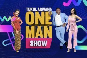 Tukul Arwana bersama  Maria Vania & Memes di Tukul Arwana One man Show. Foto: Ist.