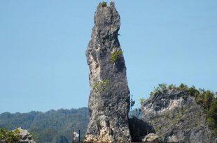 Batu Pensil di Raja Ampat. Foto: Ilustrasi.