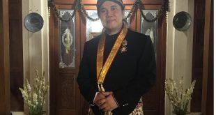 Gelar Kanjeng Pangeran Untuk Sutradara Damien Dematra