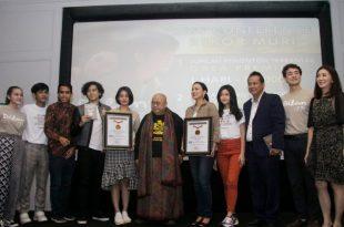 MURI berikan penghargaan untuk film Dilan 1991. Foto: Ki2