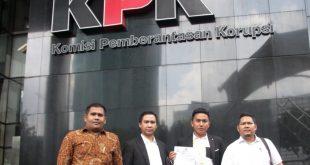Tim pengacara dari Chasea Ujung & Associates Law Office sesat setelah melapokan ke KPK, dalam dugaan Bupati Kabupaten Kepulauan Talaud Terpilih, E2L diduga menggunakan SK bodong dan kasus lainnya.. Foto: Ki2.