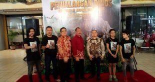 Film Petualangan Dinos Jadi Pilihan Favorit Nonton di Teater Imax Keong Emas