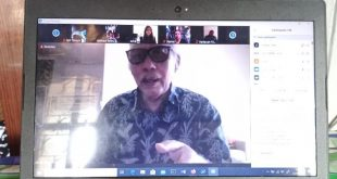 Ketua Umum Gabungan Pengusaha Bioskop Seluruh Indonesia (GPBSI) Jhony Syarifudin saat memberikan pandangan diacara  kemendikbud-Dirjend Kebudayaan, Direktorat Perfilman, Musik dan Media Baru, dengan tajuk Mengawal Film Nasional Saat Tayang di Era New Normal, Jumat (12-6-2020) kemarin. Foto: Ibra.